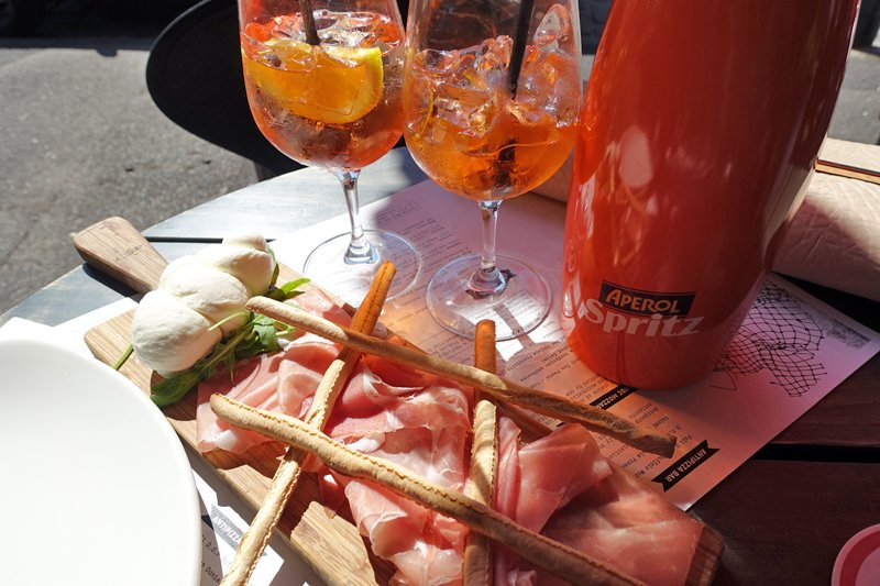 Aperol Spritz sessions at D.O.C.