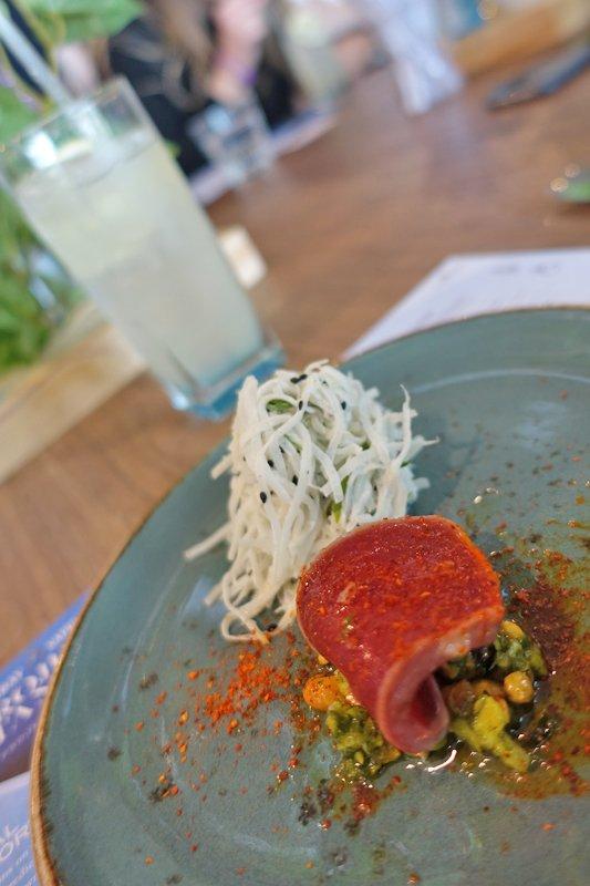 Lemon Collins cocktail with Sake wash Tuna with soybean pesto & yuzu mist