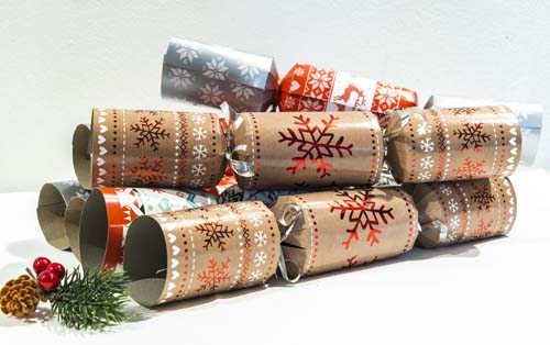 Christmas Spirit Crackers